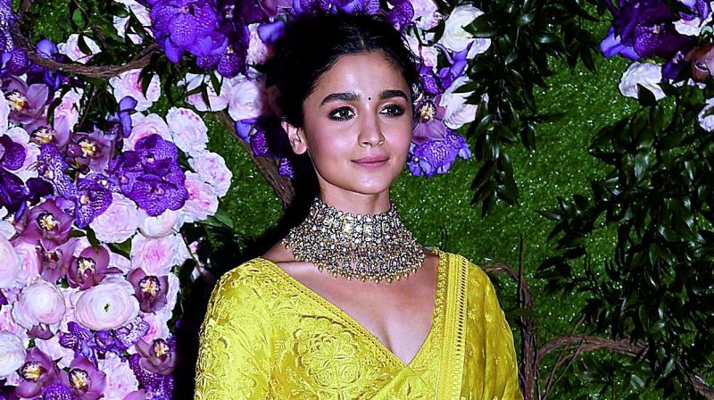 Ranbir Kapoor is well brought up and balanced man: Soni Razdan