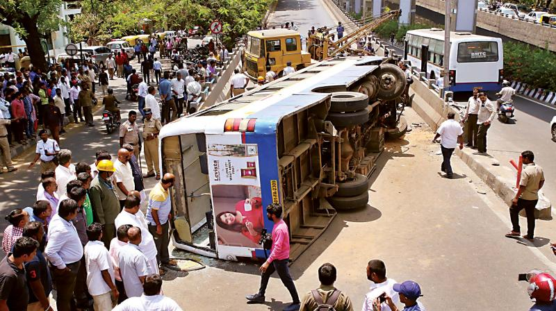 BMTC bus falls off flyover, 12 passengers injured