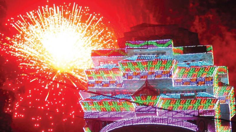 Sample fireworks ahead of Thrissur Pooram in Thekkinkad Maidanam on Saturday (Photo: DC)