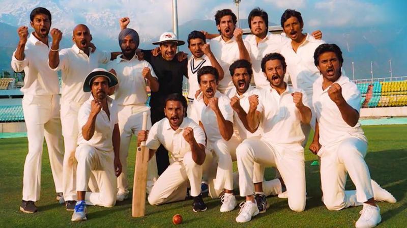 Ranveer Singh with his '83 gang. (Photo: Instagram)