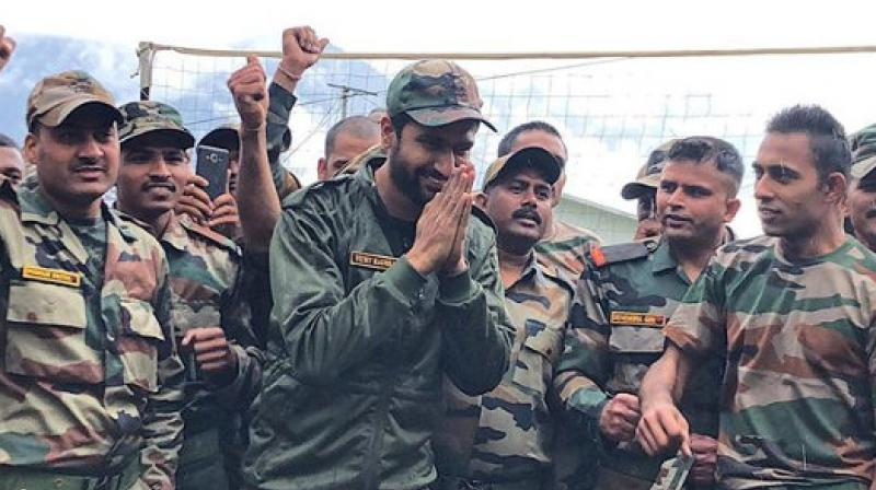 Vicky Kaushal with Indian Army. (Photo: Instagram)
