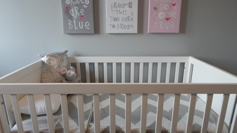 Toddlers may sleep better in cribs until age 3. (Photo: Pixabay)