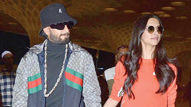 Ranveer and Deepika  spotted at the Mumbai  airport.