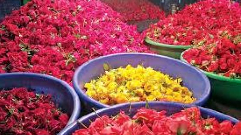 Flowers become costlier with high demand in Hyderabad
