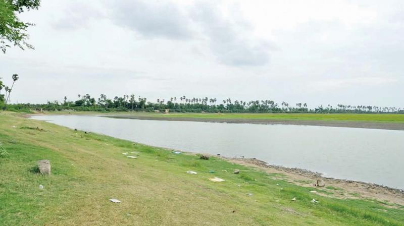 Bahour lake