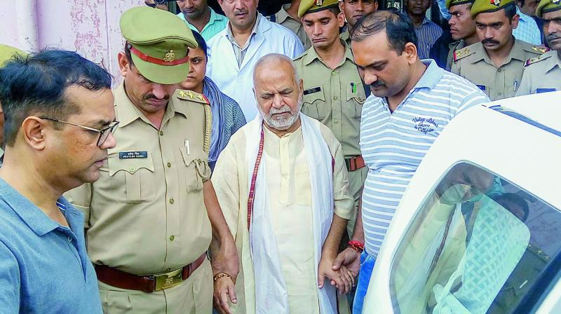 The mother of the 23-year-old Shahjahanpur law student, who accused Uttar Pradesh Bharatiya Janata Party leader Chinmayanand, has written a letter alleging torture by the Special Investigation Team (SIT), said their lawyer onThursday. (Photo: File)