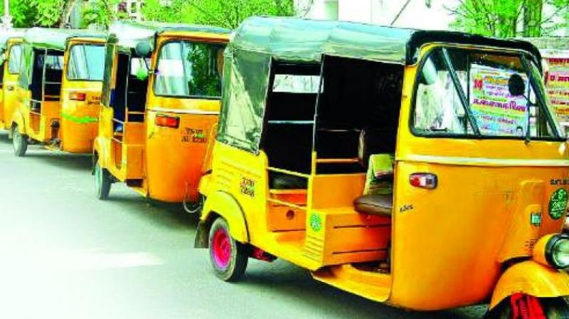 The rate at the prepaid stand from Kacheguda station to Begumpet would cost only Rs 140 but the auto drivers charge between Rs 260 and Rs 280.