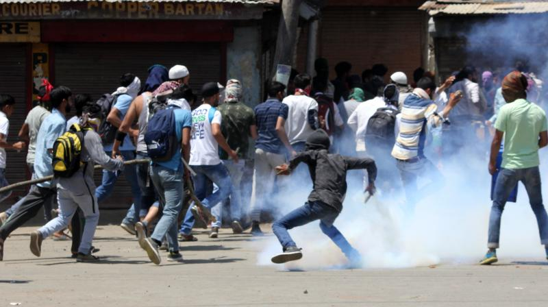 Clashes erupted in the Kashmir Valley after security forces gunned down Hizbul Mujahideen commander Sabzar Ahmed Bhat in Tral region. (Photo: DC)