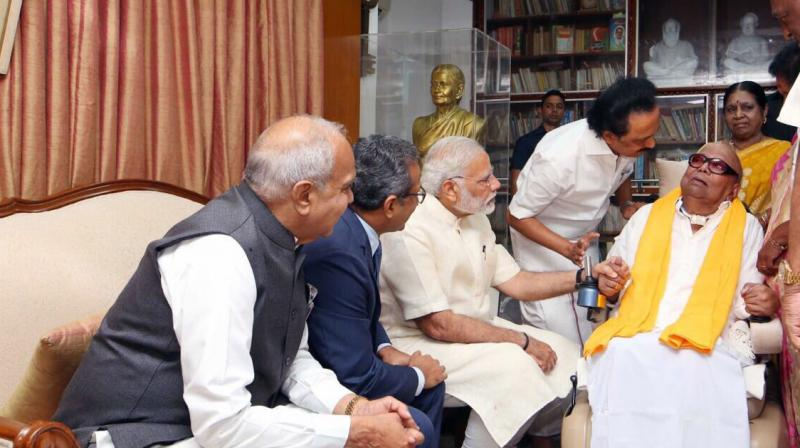 During his meeting with DMK supremo M Karunanidhi on Monday, Prime Minister Narendra Modi invited the 93-year-old to stay at his Delhi residence. (Photo: Twitter   @kalaignar89)