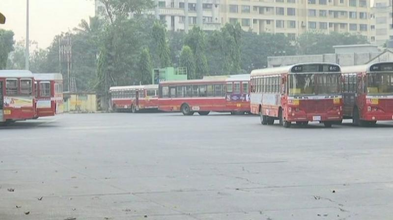 Not a single bus of the Brihanmumbai Electricity Supply and Transport (BEST) plied on Mumbai roads since morning, an official said. (Photo: File)