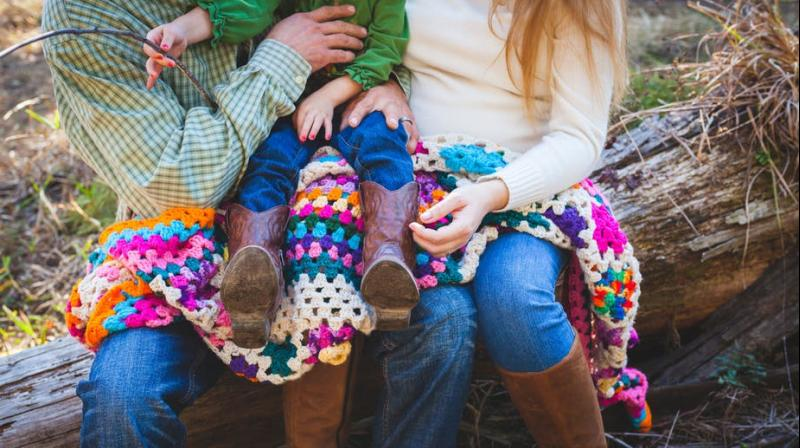 Researchers suggest that economic conditions, especially inequality and return to education, influence child-rearing strategy. (Photo: Pexels)