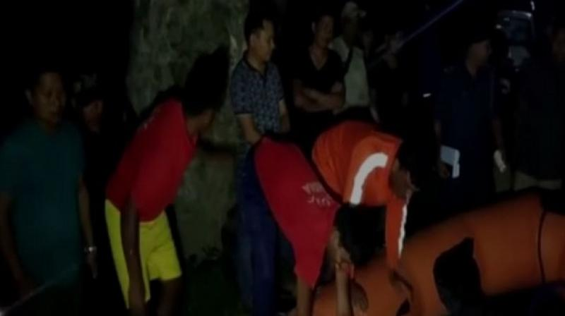 Local authorities including police officers rushed to the spot of the mishap soon after they were alerted. (Photo: ANI)