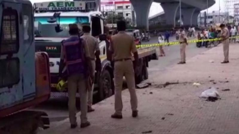 """Deputy Commissioner of Police, Shamshabad-Cyberabad, Prakash Reddy informed ANI, """"A ragpicker named Ali had brought some chemical substance while collecting wastage from the road.  (Photo: ANI)"""