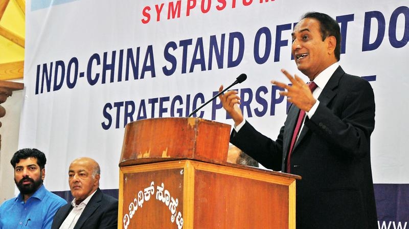 Vetron Diplomat N Parthasarathi at the Indo-China stand off at Doklam-Stratgic Perspective a Symposium held at Mythic Society in Bengaluru on Saturday. Sandeep unnithan, Lt Gen V M Patil and others were present on the ocassion (Photo: Satish.B)