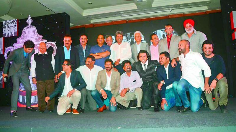 The 1983 cricket team with director Kabir Khan and actor Ranveer Singh