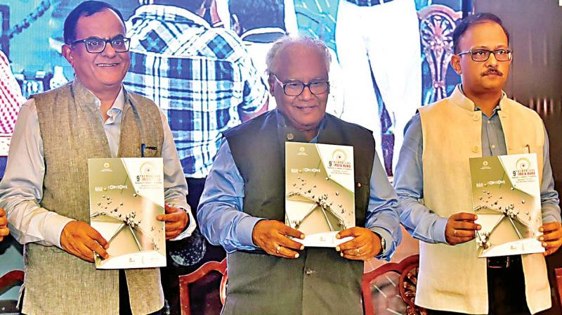 (From left) Prof. Ajay Kumar Sood of IISc, Prof. C.N.R. Rao and Gaurav Gupta, Principal Secretary, at a press conference in Bengaluru on Thursday.