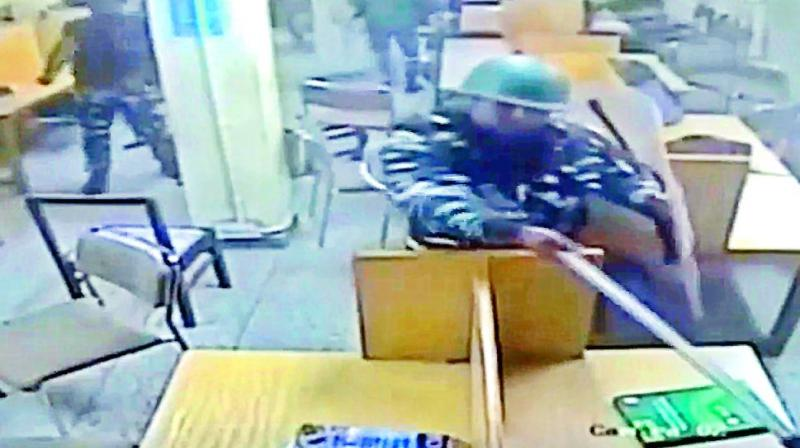Video of cops beating Jamia Millia Islamia students in library stirs row
