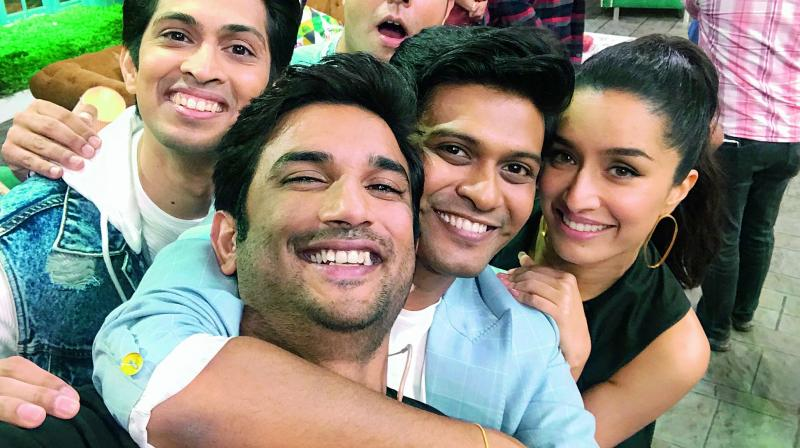 Naveen Polishetty with his co-stars from the movie Chhichhore having a fun time post wrap up.