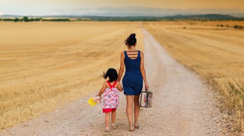 Study reveals parents' behaviour could affect their children's weight. (Photo: Pixabay)