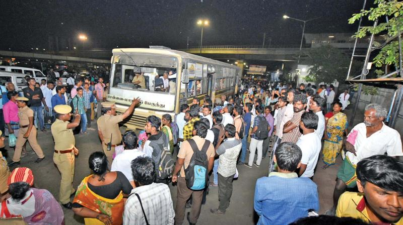 Transport staff defy Madras High Court order, continue with strike