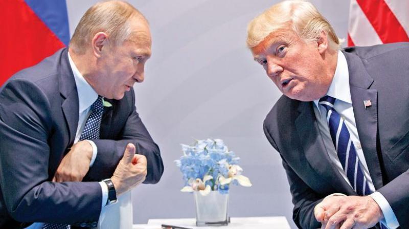US President Donald Trump and Russian counterpart Vladimir Putin. (Photo: AP)