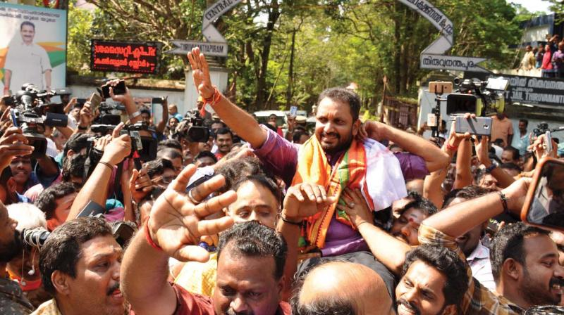 BJP state general secretary K.Surendran gets a rousing welcome from party workers on his release from Poojapura Central Jail  on Saturday. (Photo: A.V.MUZAFAR)