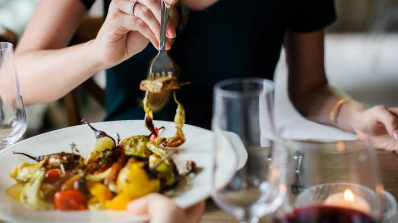 Study finds the right time you should eat to acheive your weight loss goal. (Photo: Pexels)