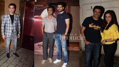Bollywood actors Nawazuddin Siddiqui, Vineet Kumar Singh were spotted at 'Mukkabaaz' screening, Arbaaz Khan at the premiere of his film 'Nirdosh', and Sameer Soni and wife Neelam Kothari looked perfect together at 'My Birthday Song' screening. (Photos: Viral Bhayani)