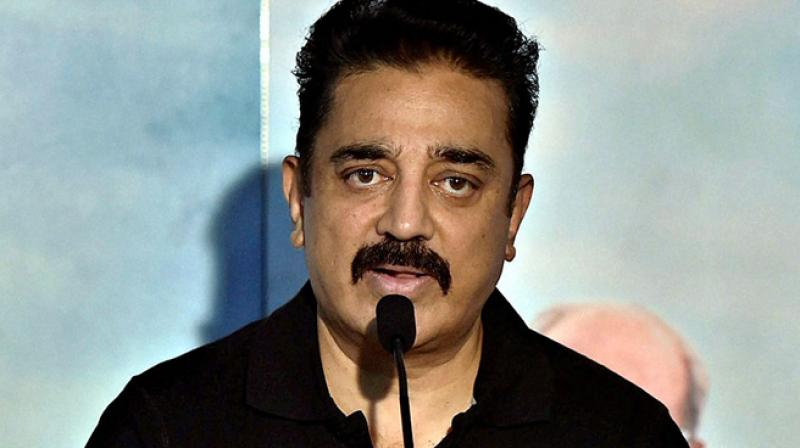 Kamal Haasan meets Rajinikanth two days before his party launch
