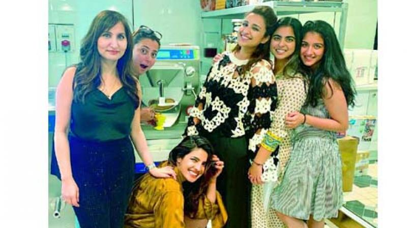The girl gang, apart from having a laughter filled day, indulged in making ice cream at home.