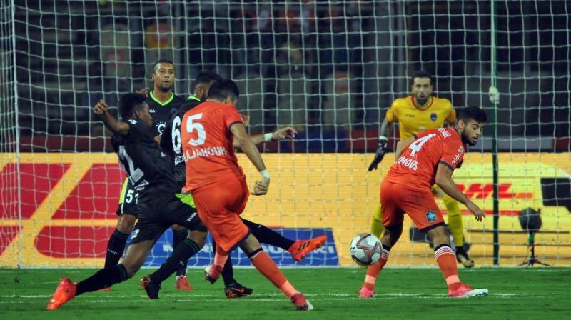 Goa's midfield took control of the game after the equaliser and the hosts strung passes together in the attacking third to pin the visitors on the defensive. (Photo: PTI)
