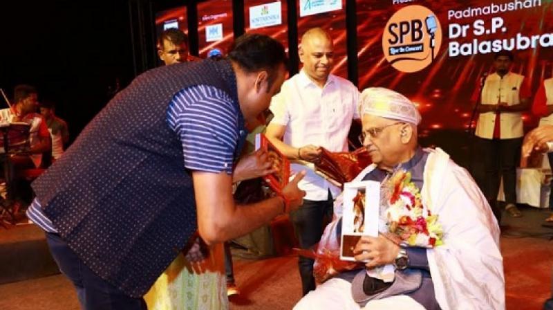Ramji Subramaniam, MD at Sowparnika Projects greets Padmabhushan S. P. Balasubrmayam