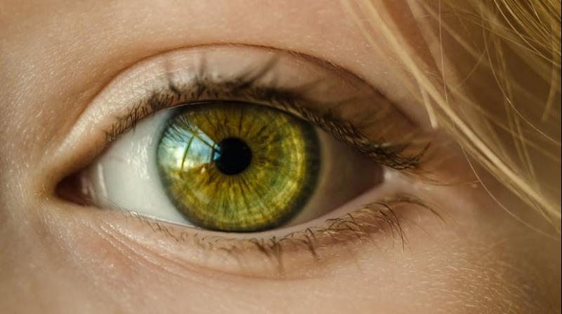 Cataract surgery reduces risk of early death in women, new study find. (Photo: Pexels)