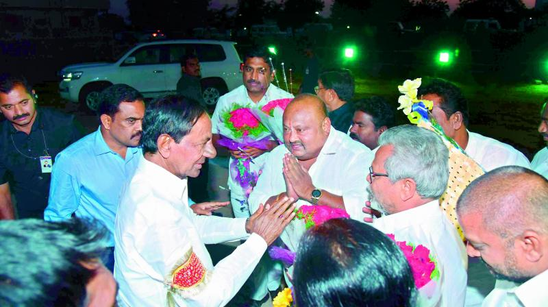 Chief Minister K. Chandrasekhar Rao interacts with local leaders during his visit to the Kaleshwaram Lift Irrigation project on Tuesday.