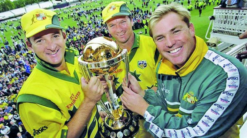 Mark Waugh, Steve Waugh and Shane Warne with the 1999 World Cup.