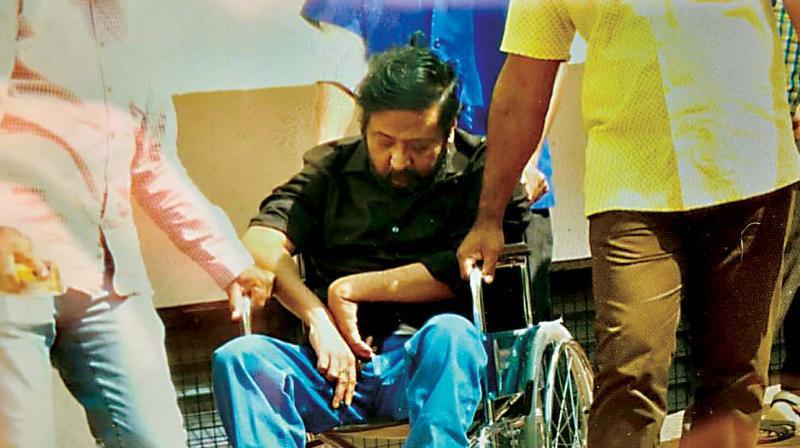 Ravi Belagere taken to Victoria Hospital