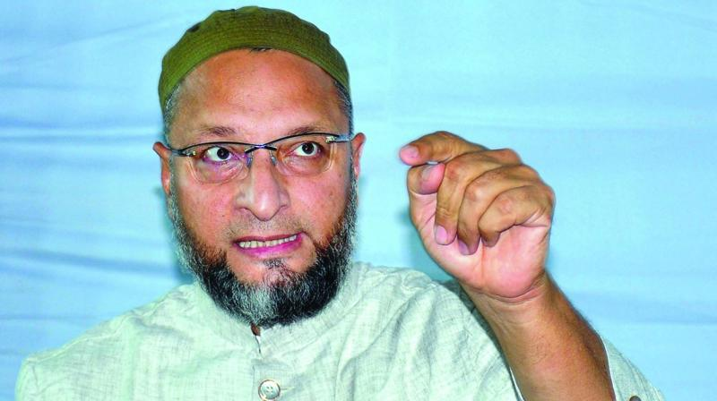 Owaisi hits out at Mamata, asks her to 'fight brazen growth of Hindutva' in WB