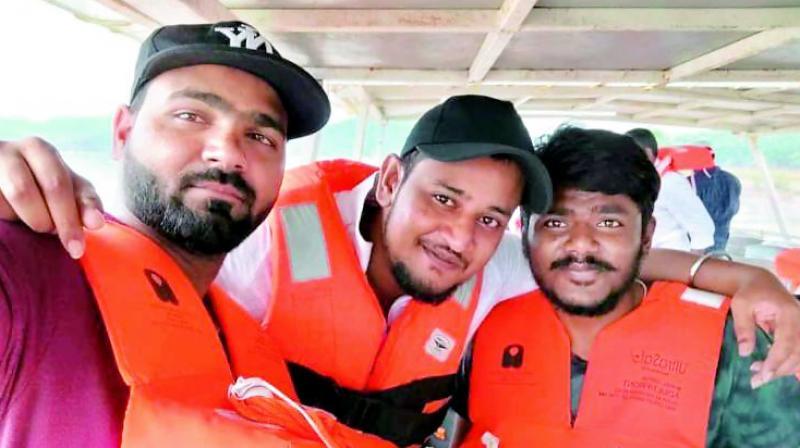 AP tragedy: Rains disrupt boat rescue operation