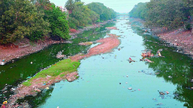 The Ryvus canal in Vijayawada.