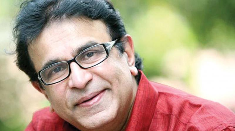 Veteran actor Captain Raju dies