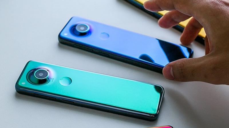 The new handset which is codenamed Gem comes with an elongated body.