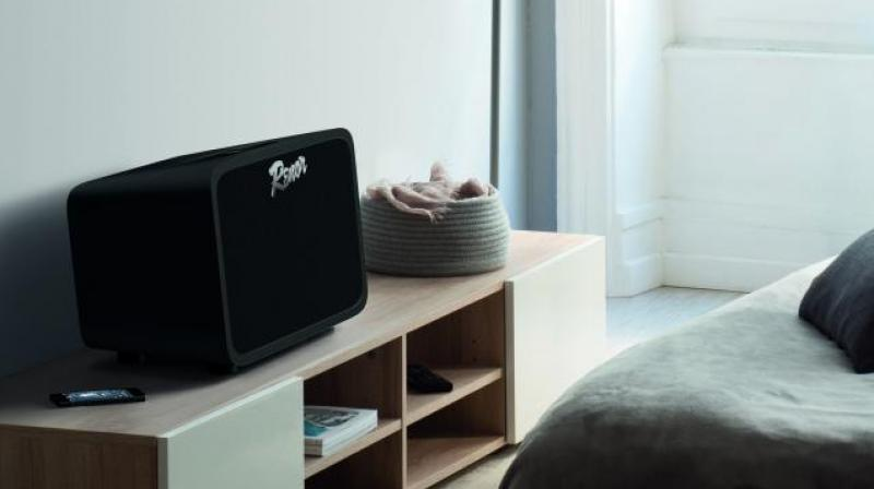 With the Renor speaker around you can organise as many get-togethers this festive season.
