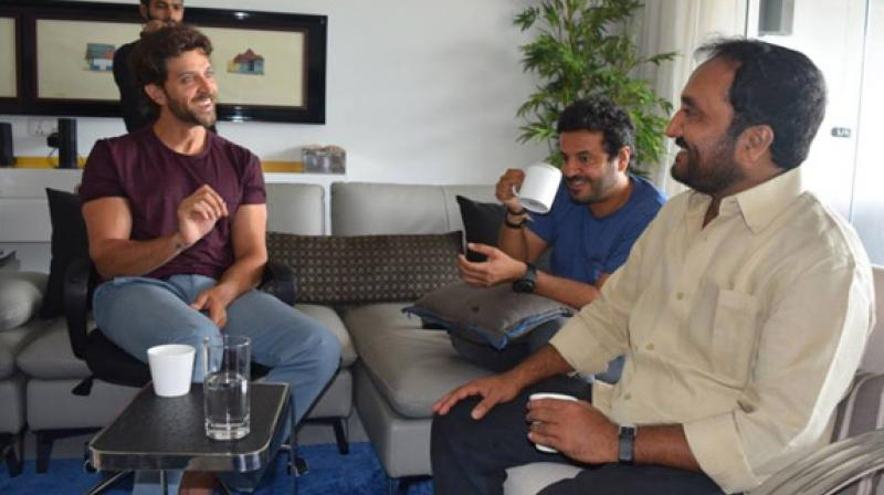 Hrithik Roshan with Anand Kumar and Vikas Bahl. (File photo)