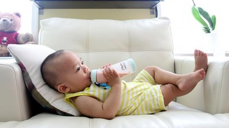 Breastfeeding is considered to be more nutritious than formula feeding. (Photo: Representational/Pixabay)