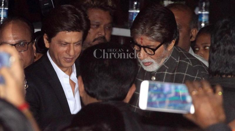 Shah Rukh Khan and Amitabh Bachchan have been one of the most loved and respected jodis of Bollywood and them coming together at any given point of time is simply worth a watch!