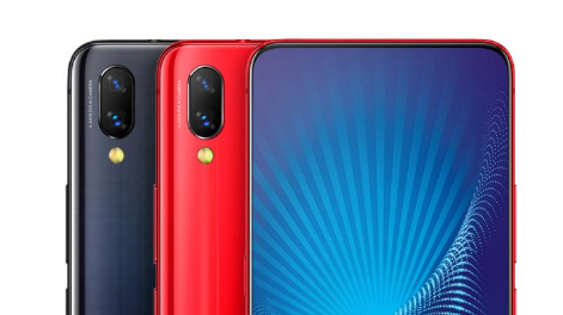 The NEX S is the high-end variant and runs on Snapdragon 845 chipset aided by 8GB of RAM; while the NEX A is powered by the new Snapdragon 710 chipset paired with 6GB of RAM.