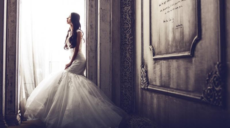 Only four in ten brides were under 30 in England and Wales in 2015, the Office for National Statistics revealed. (Photo: Pixabay)