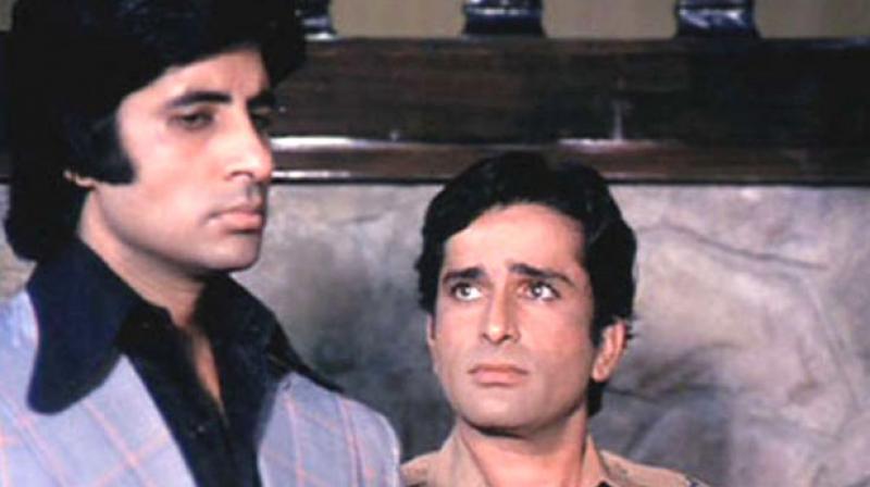 Amitabh Bachchan and Shashi Kapoor in 'Deewaar.'