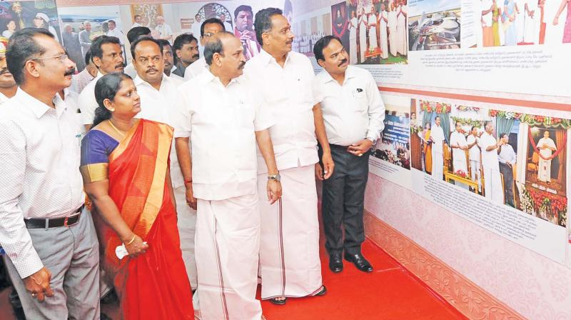 Transport Minister M.R. Vijayabasker and others go around the goverment exhibition at Karur. (Photo: DC)