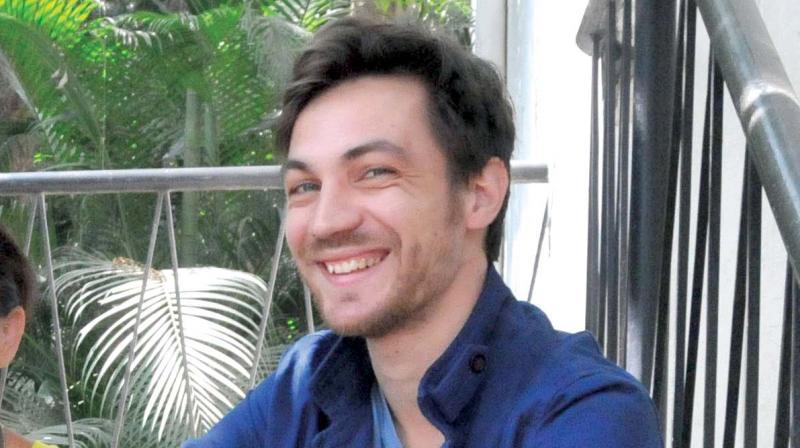 Simon Lamouret